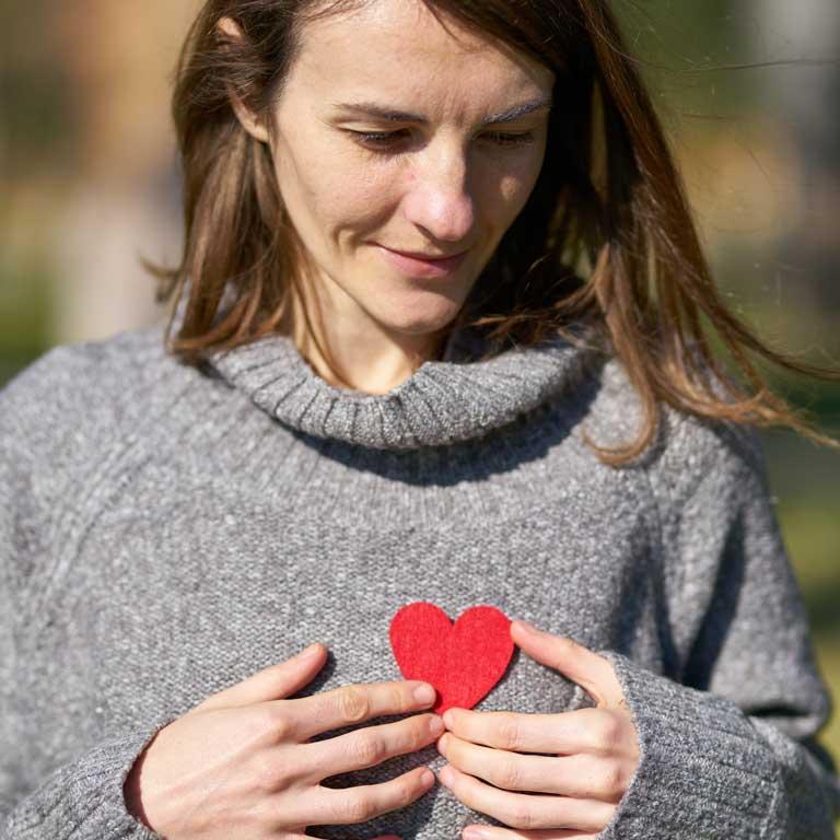 Wie kann man sich um sein Herz kümmern? Europäischer Tag für die Prävention von Herz-Kreislauf-Risiken